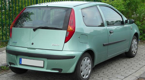 Fiat Punto, la radio provoca una avería al vehículo