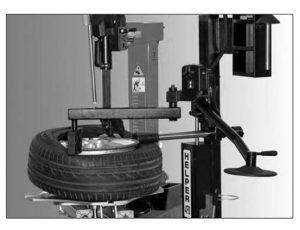 desmontaje automático de neumático